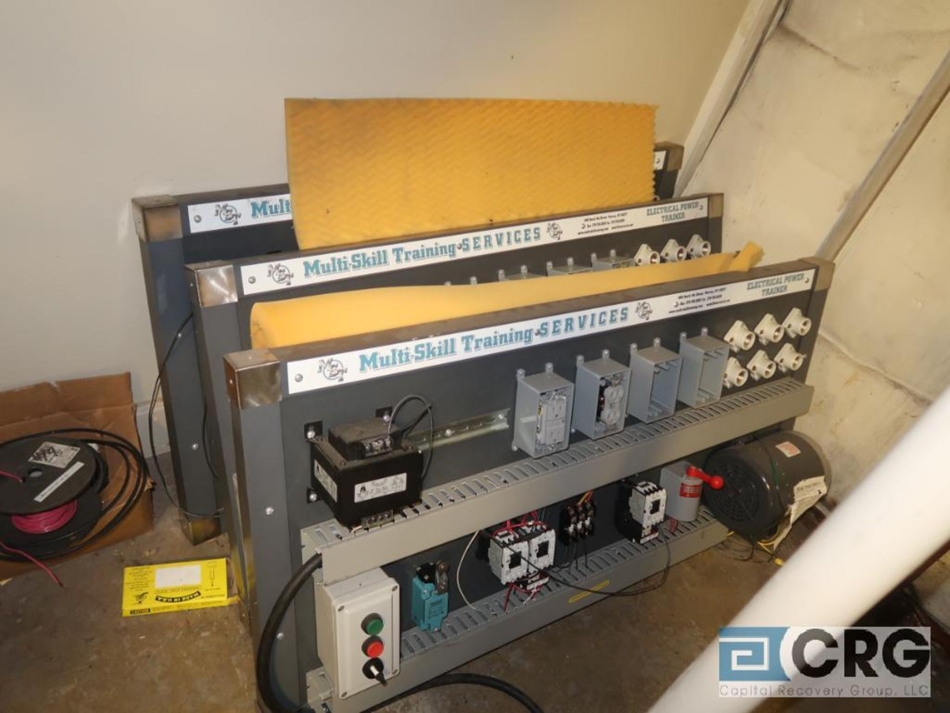 Lot of (16) assorted training consoles including pneumatic, hydraulic, and electrical (includes ( - Image 4 of 4