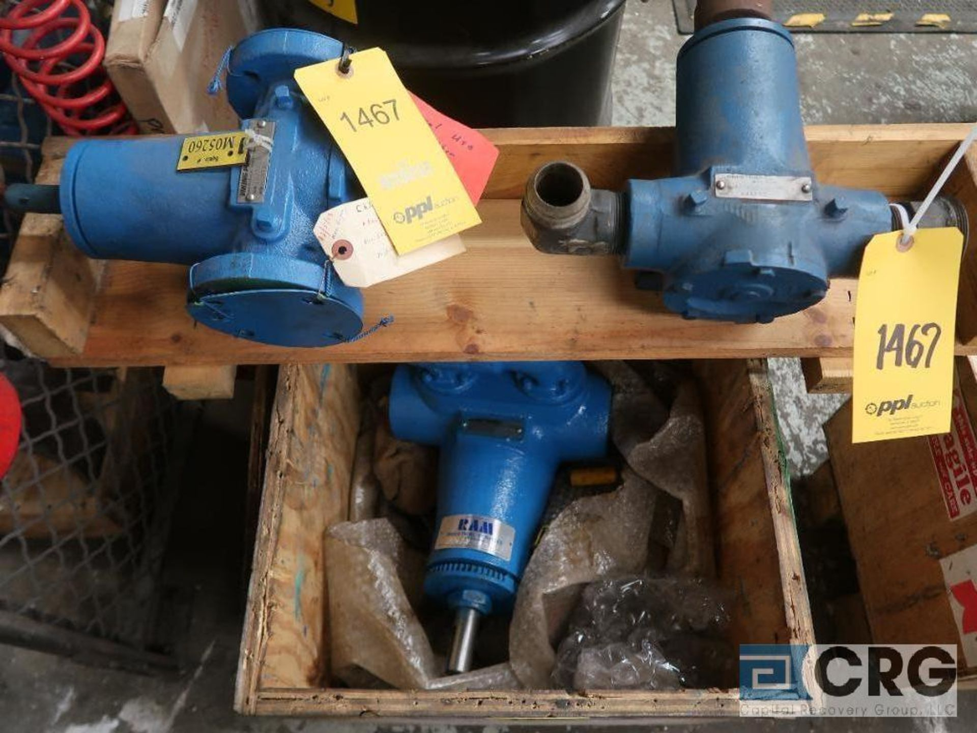 Lot of (3) Viking pumps, (1) HJ4195, (1) HJ197, and (1) AS4195 (Basement Stores)