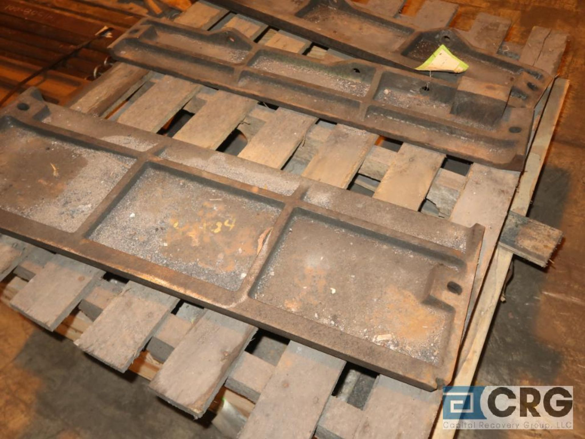 Lot of assorted parts for debarker, coal, and chipper on (29) pallets (Next Bay Cage Area) - Image 11 of 17