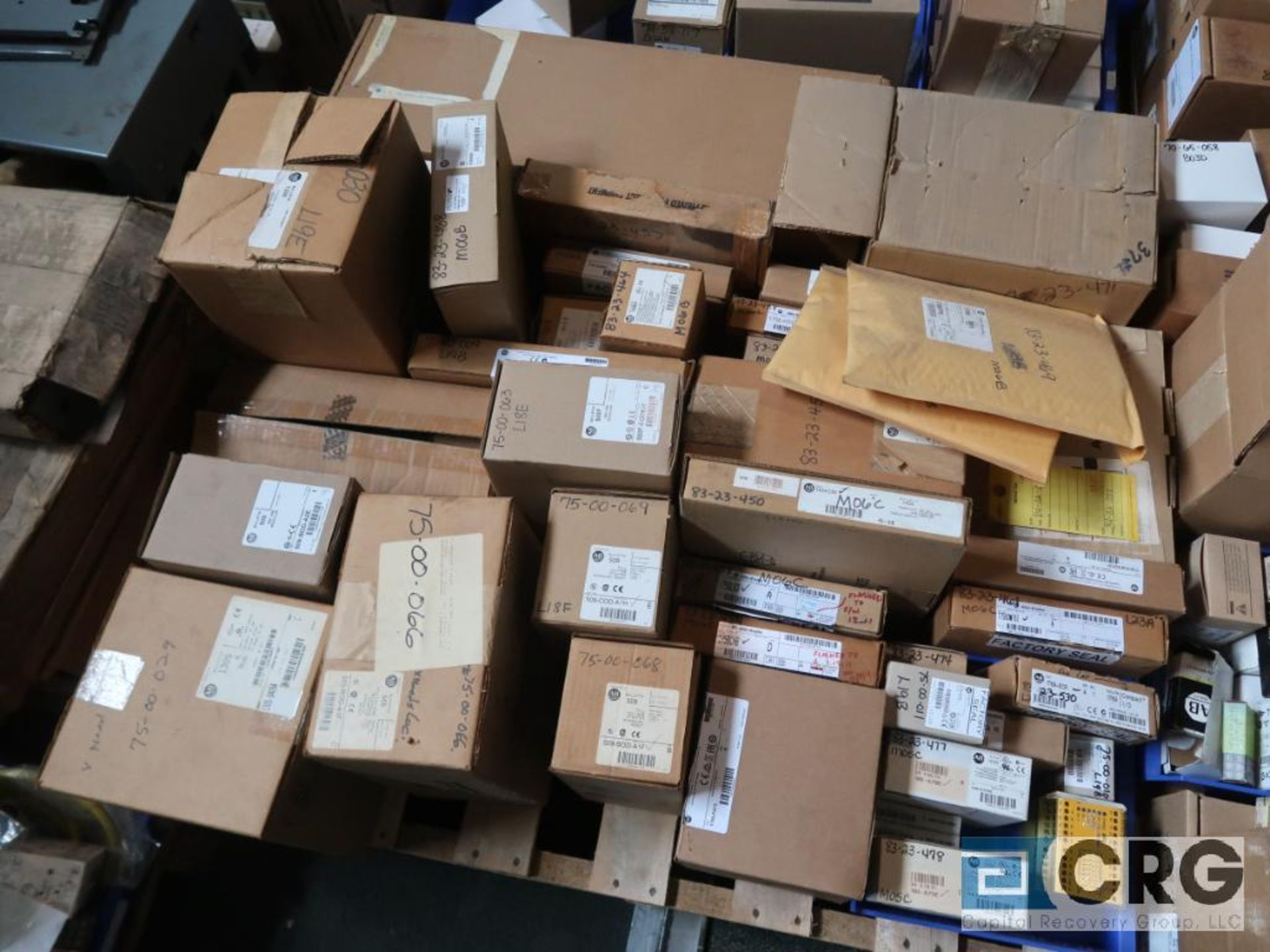 Lot of assorted Allen Bradley electrical automation on (13) pallets including sensors, relays, SLC - Image 10 of 12
