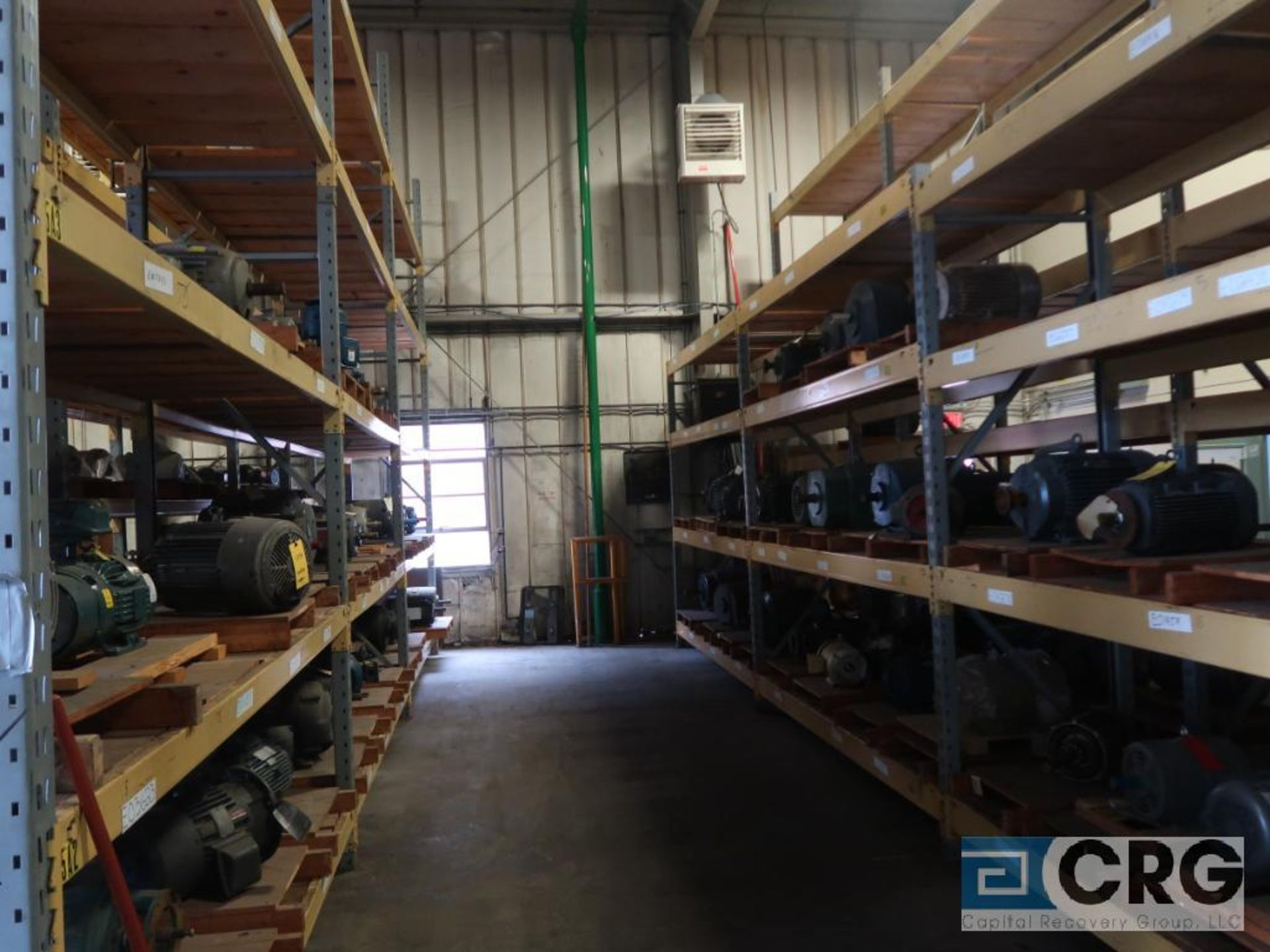Lot of pallet racking including (29) sections as follows: (33) uprights, 17 ft. tall x 36 in. deept, - Image 6 of 8