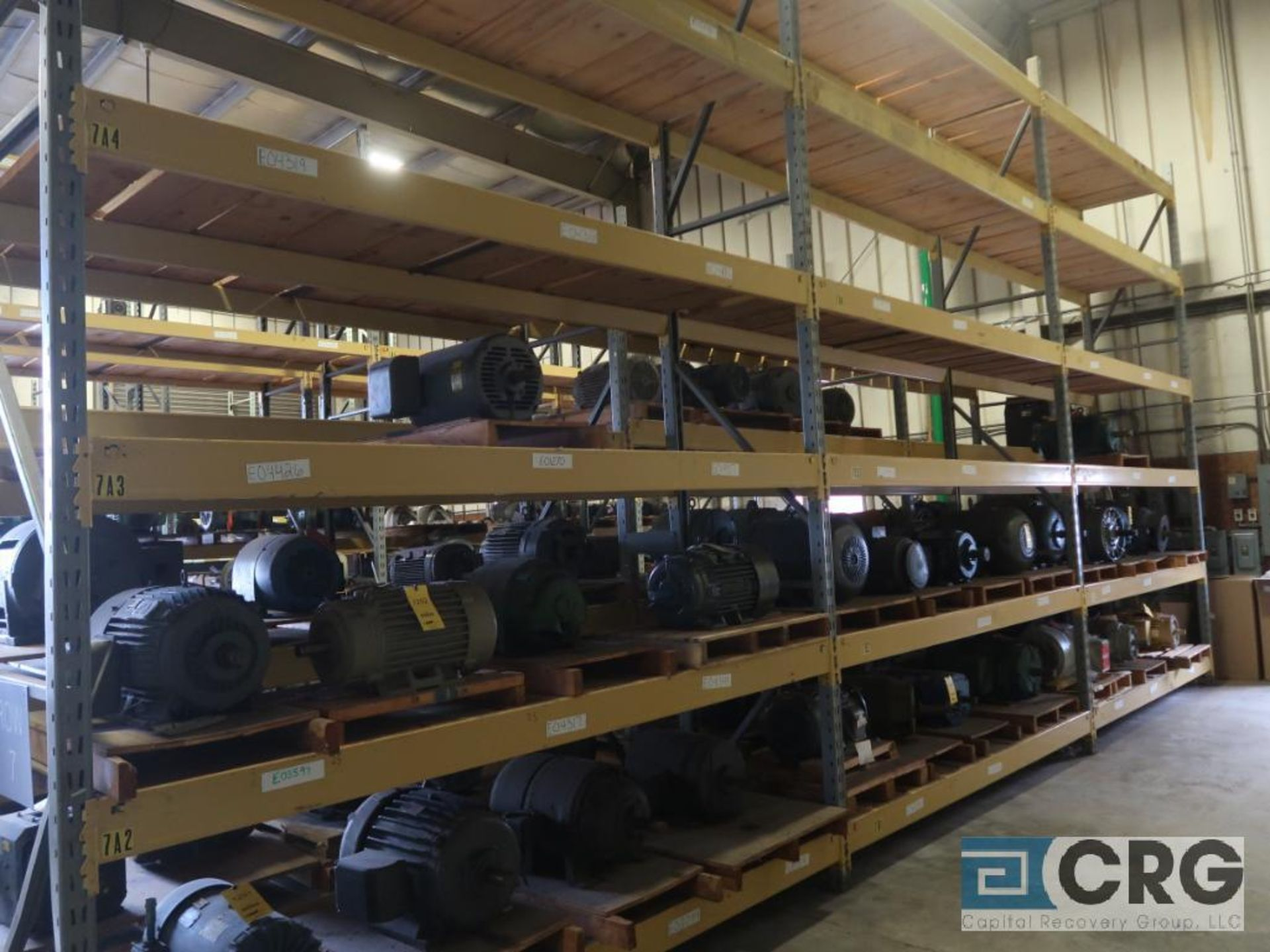 Lot of pallet racking including (29) sections as follows: (33) uprights, 17 ft. tall x 36 in. deept, - Image 8 of 8