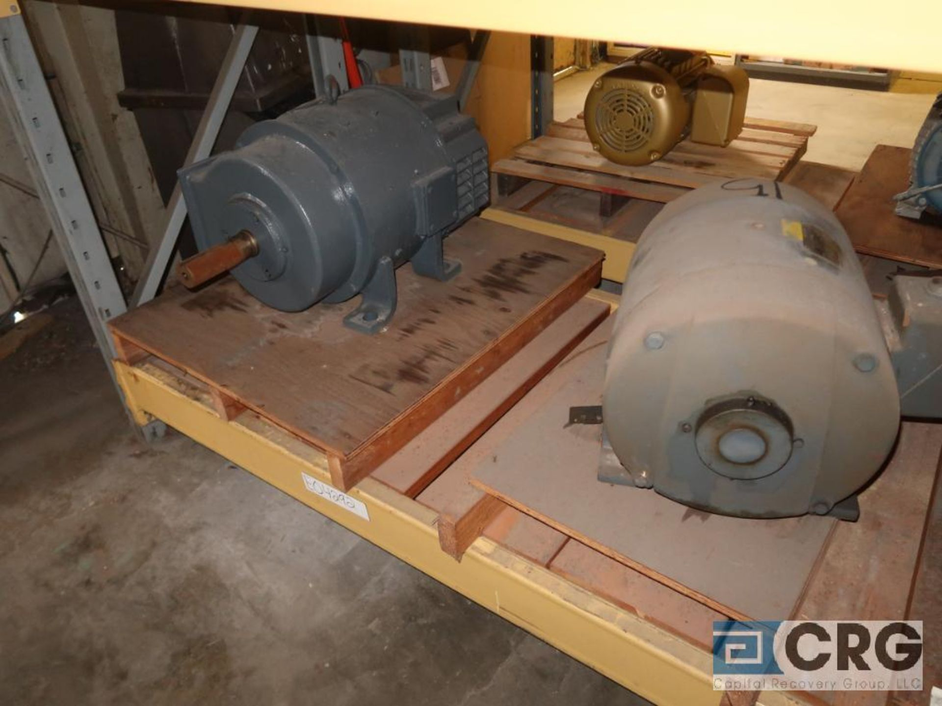 Lot of (29) assorted 15 HP, 10 HP, and 7.5 HP motors on (7) shelves, some with gear drives (Motor - Image 11 of 11