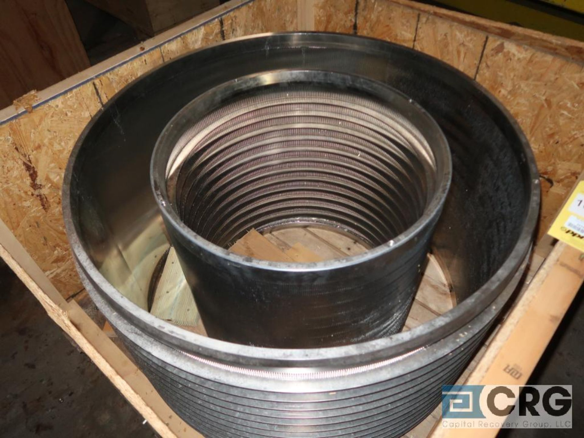 Lot of (2) Voith stainless basket screens, (1) 3/8 in., 16UNC2, C bar C SH 0.40, (1) 3/8 in. UNC 2B,