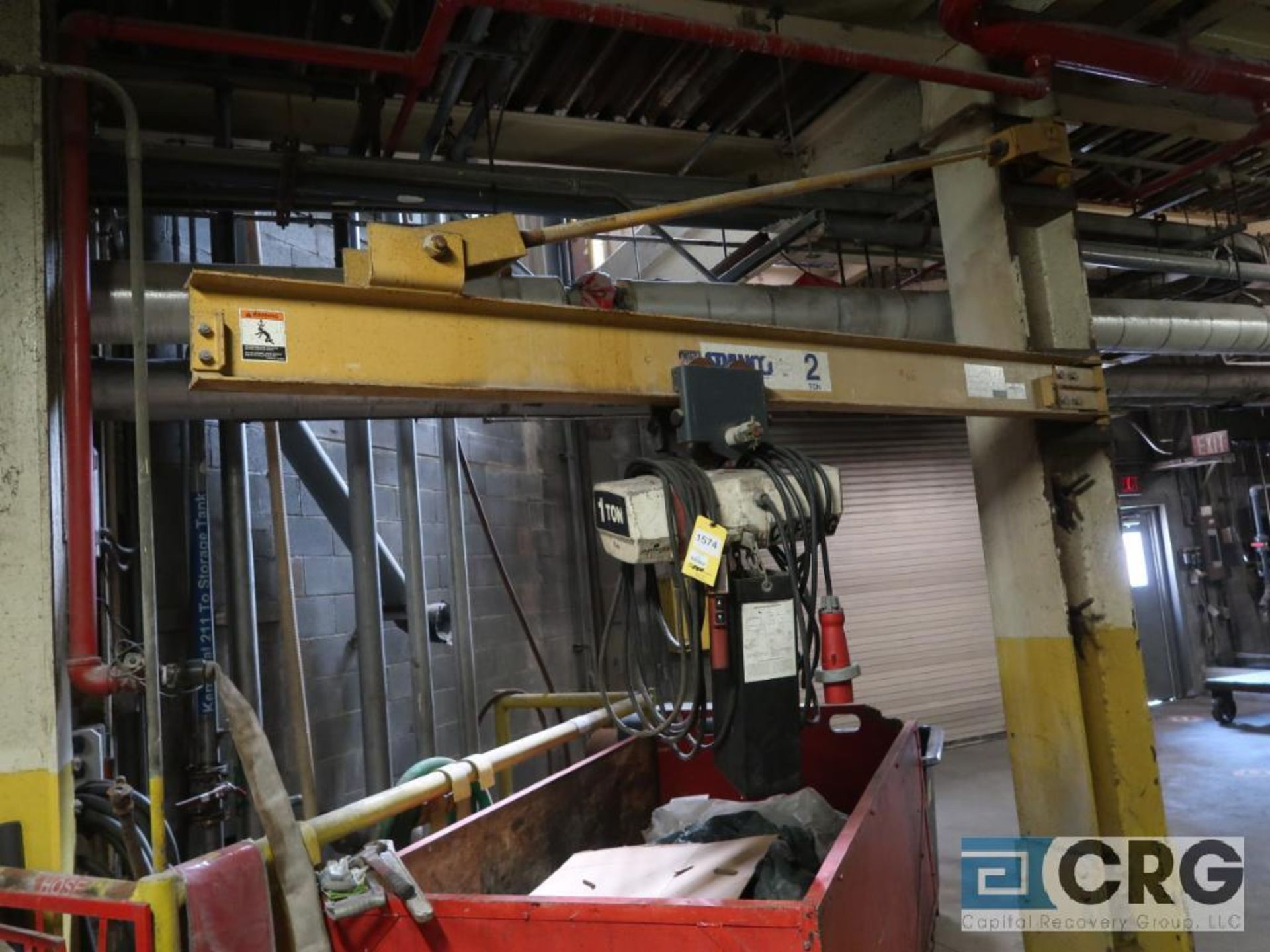 Coffing electric hoist, 1 ton, with Spanco 10 ft. swing arm (Located 496 Dock Area) - Image 2 of 2