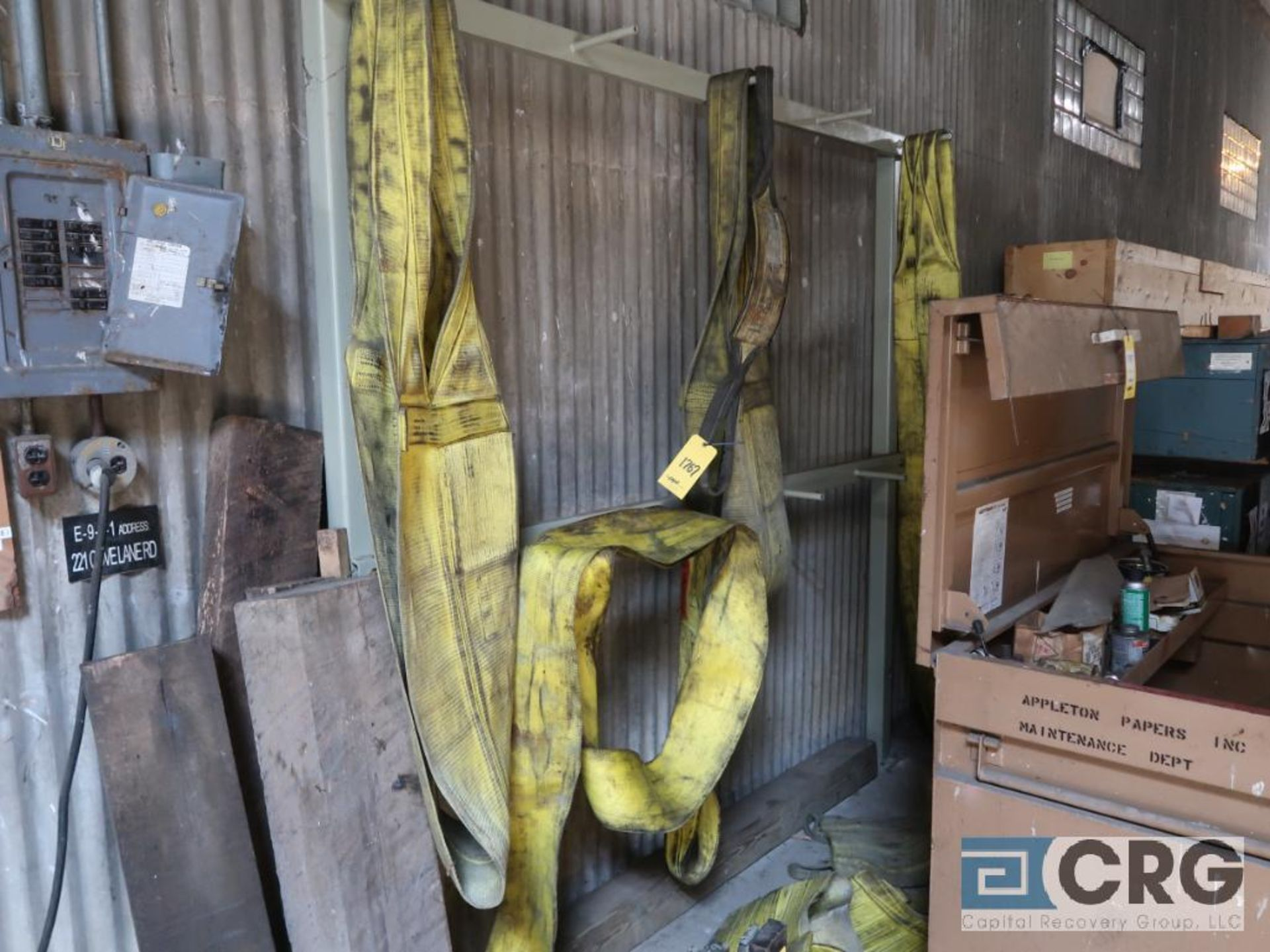 Lot including job box, nylon sling, and forklift fork (Next Bay Cage Area) - Image 3 of 3