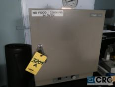 VWR 1306V lab oven (main lab)
