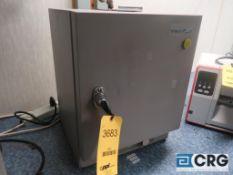 VWR 1300U Benchtop lab oven (Main Lab - Machine Building)