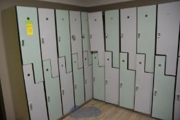 Lot - (24) 1/2 Lockers