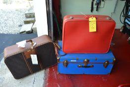 Lot - Trunk, Suitcase, Brand New Samsonite Suitcase