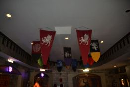 LOT - Medieval Banners (~14 Banners)
