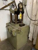 M&N Hydraulic Press, Hobbing, SN: 0423, M: A