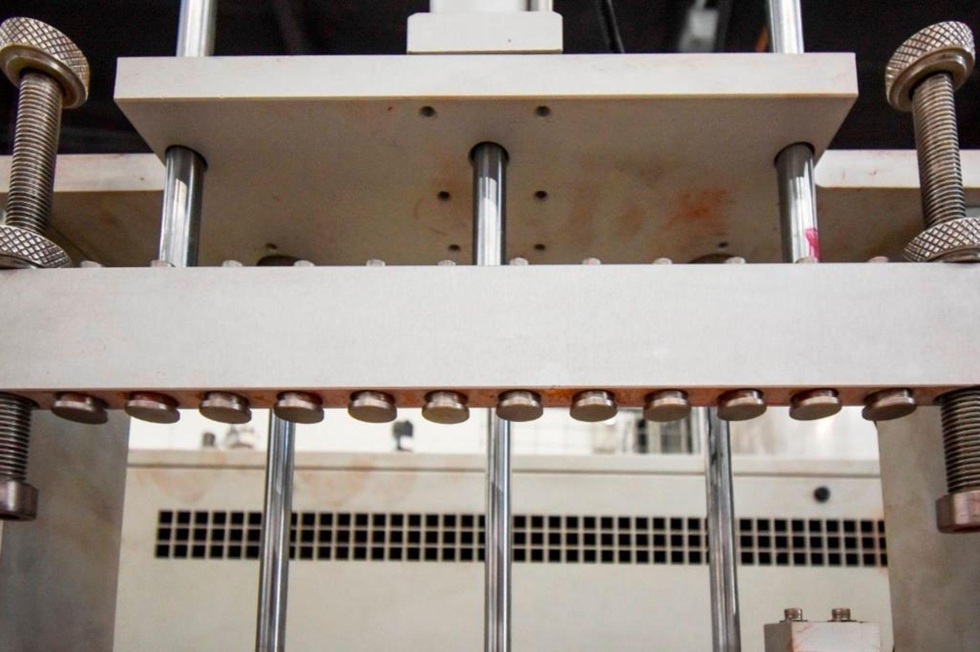 Yu Hao L-822SA Lipstick Release - Image 7 of 17