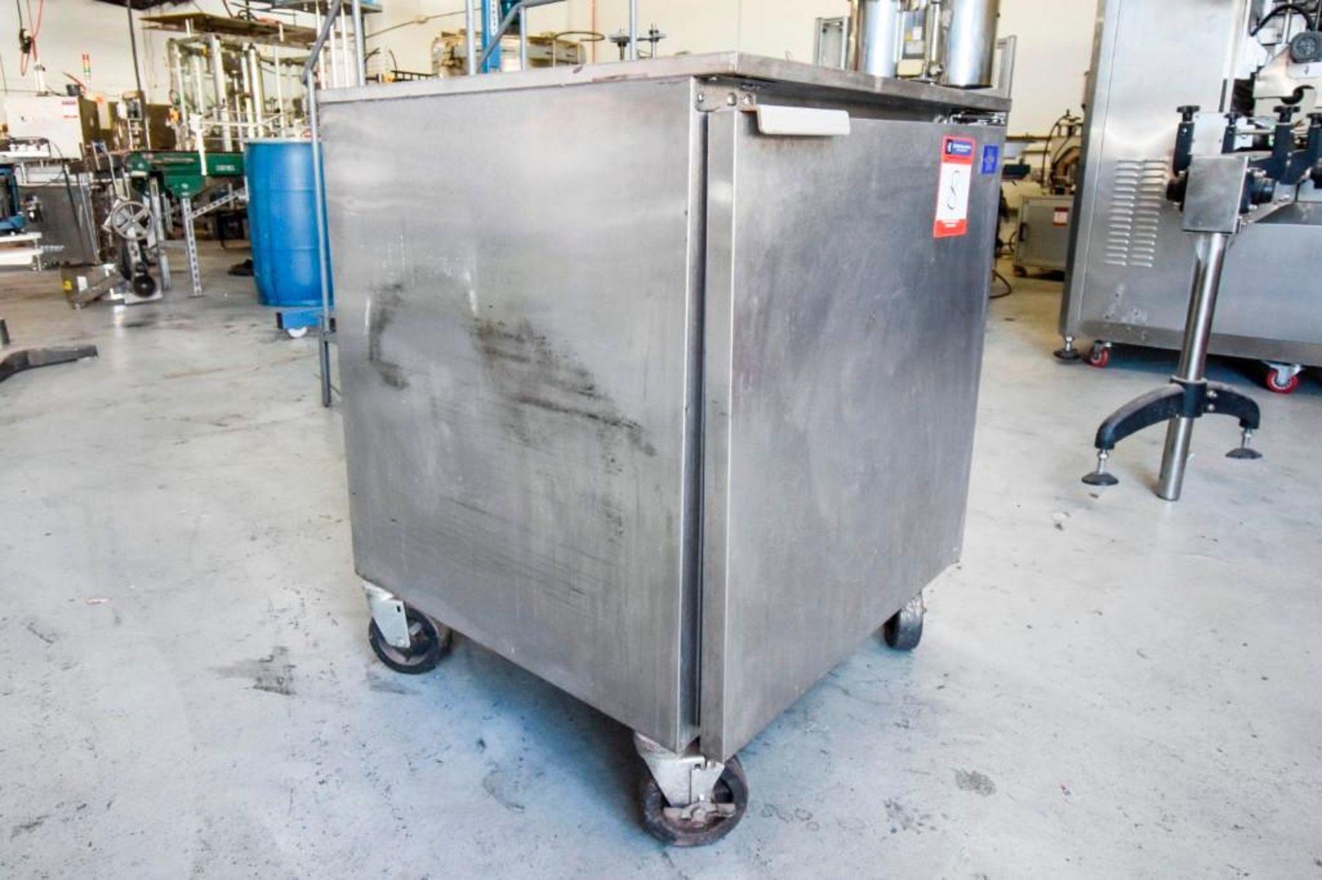 McCall Refrigerator R-6E - Image 2 of 10