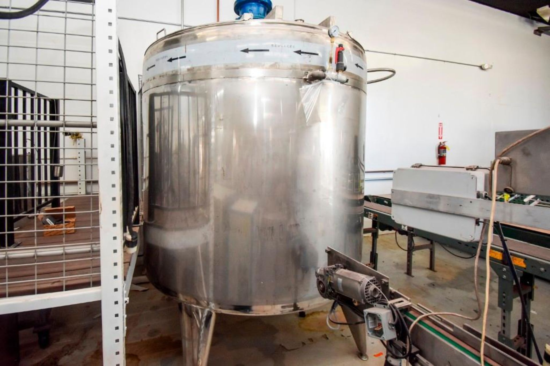 Large Jacketed Mixing Tank 1000 Gallon - Image 3 of 16