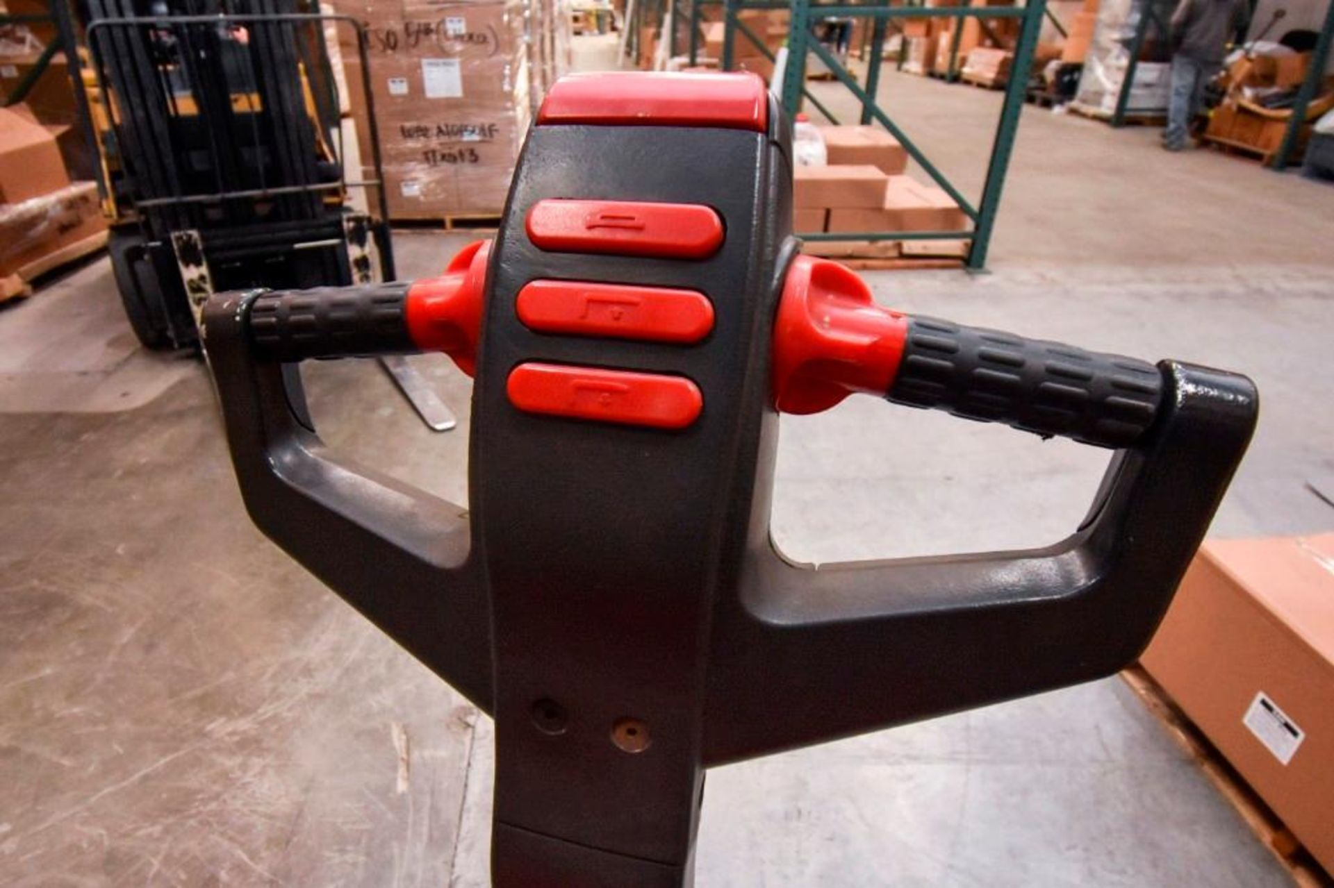 Raymond Electric Pallet Jack - Image 7 of 10