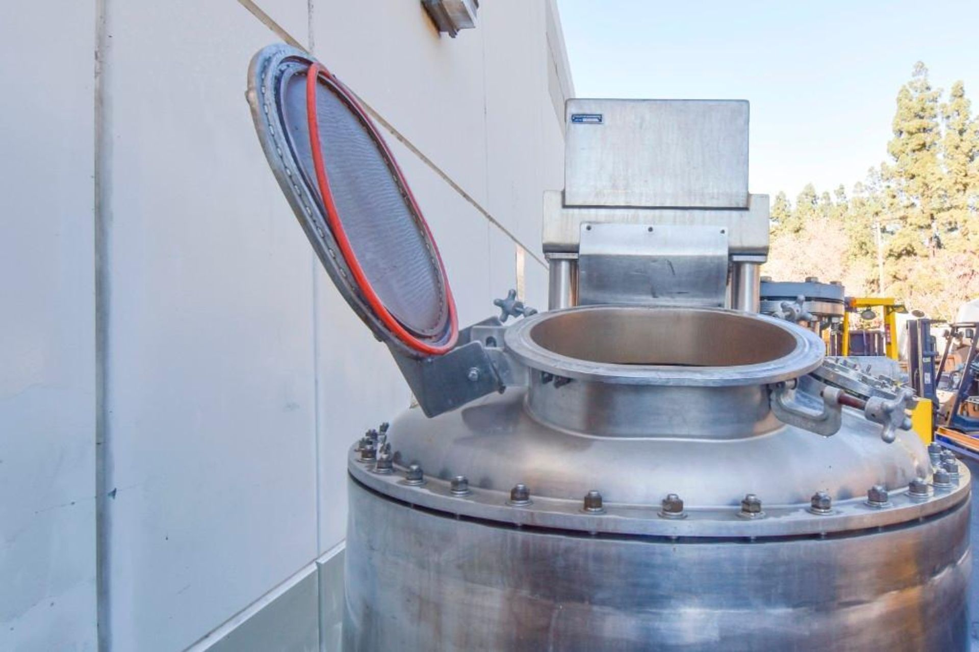 Jacketed Mixing Tank - Image 16 of 21