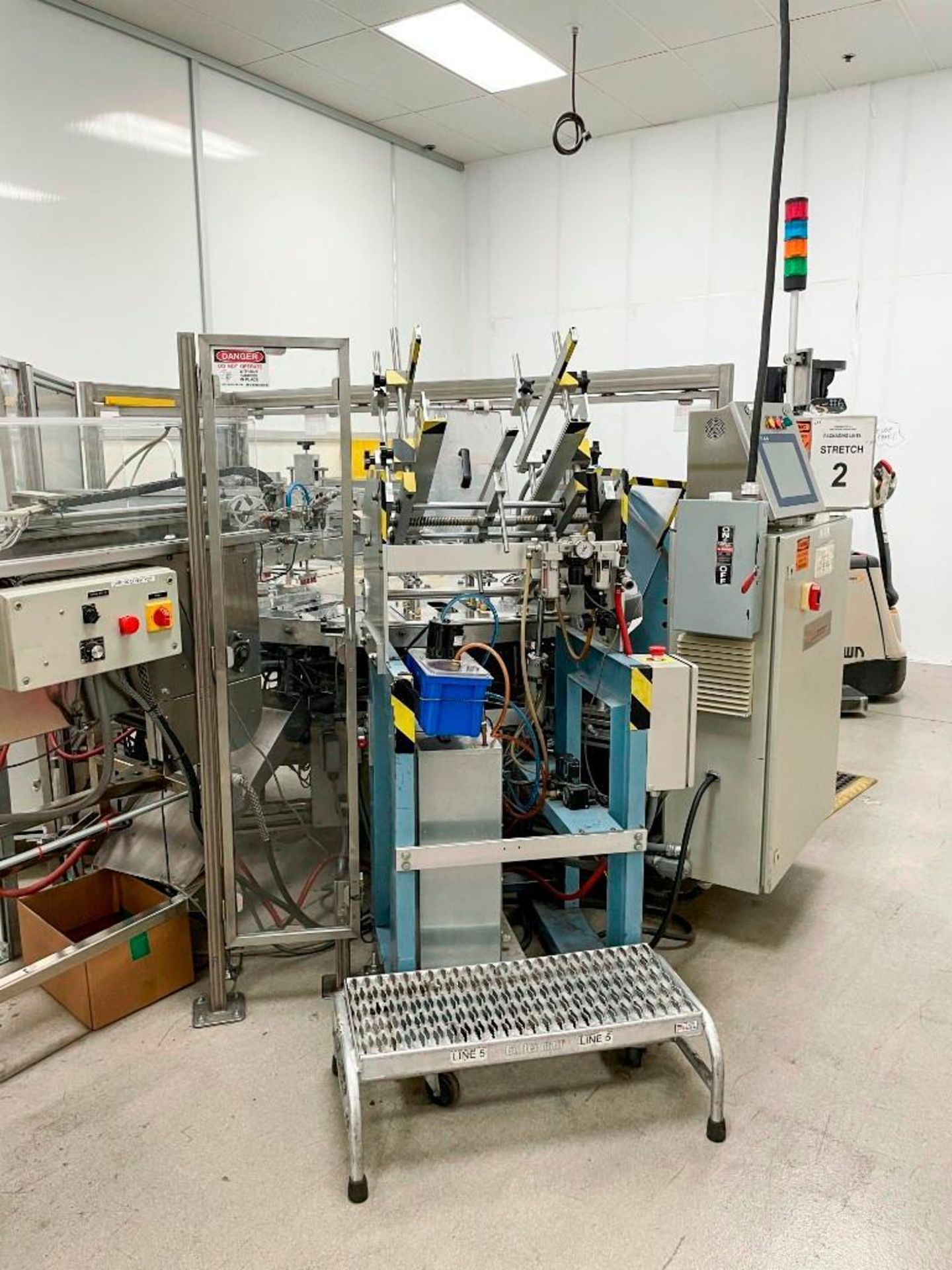 Sun Industries 8 station Blister Packaging Machine SBR-8 - Image 15 of 40