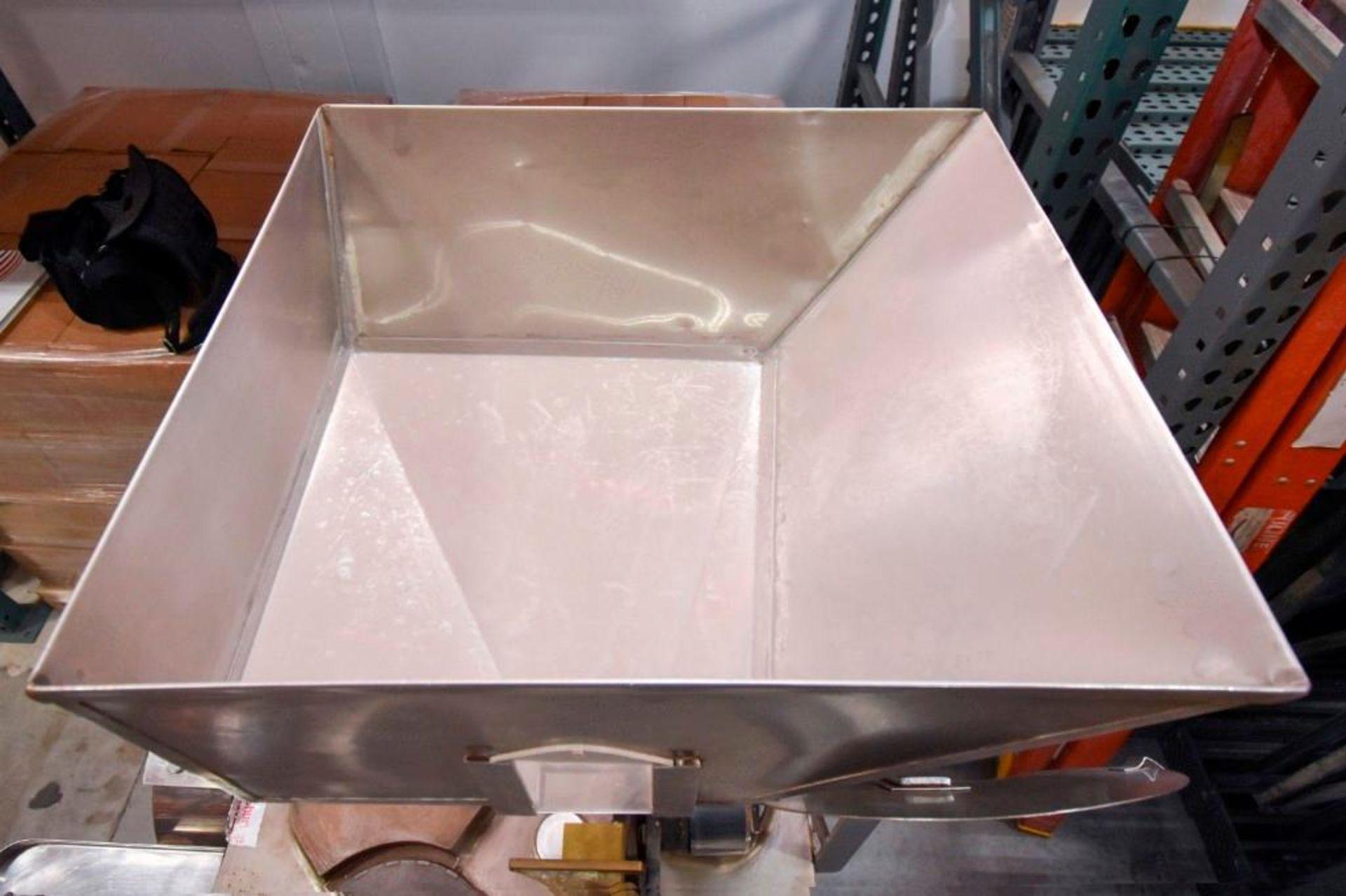 Semi-Automatic Encapsulator MDL 8S - Image 14 of 20