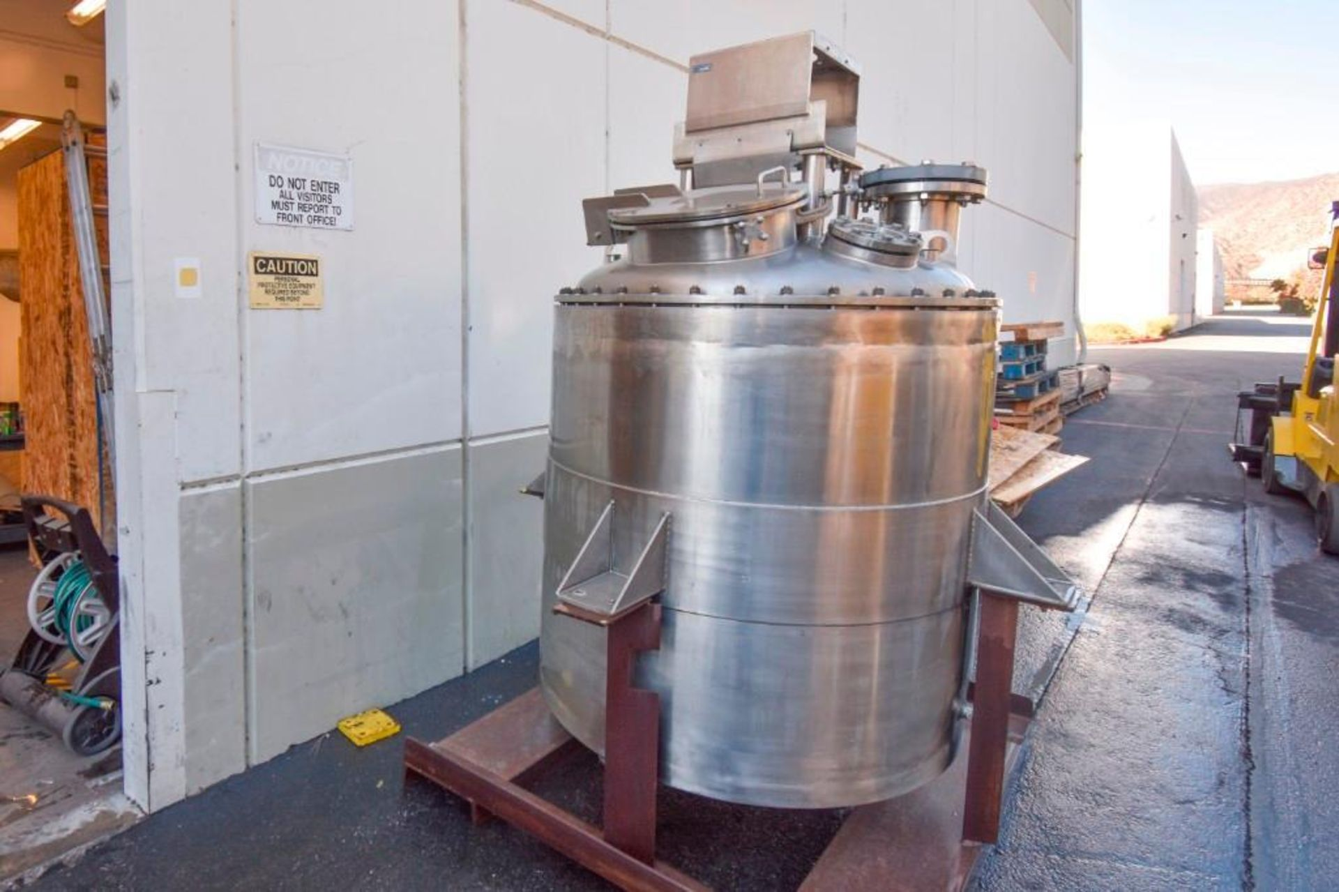 Jacketed Mixing Tank - Image 4 of 21