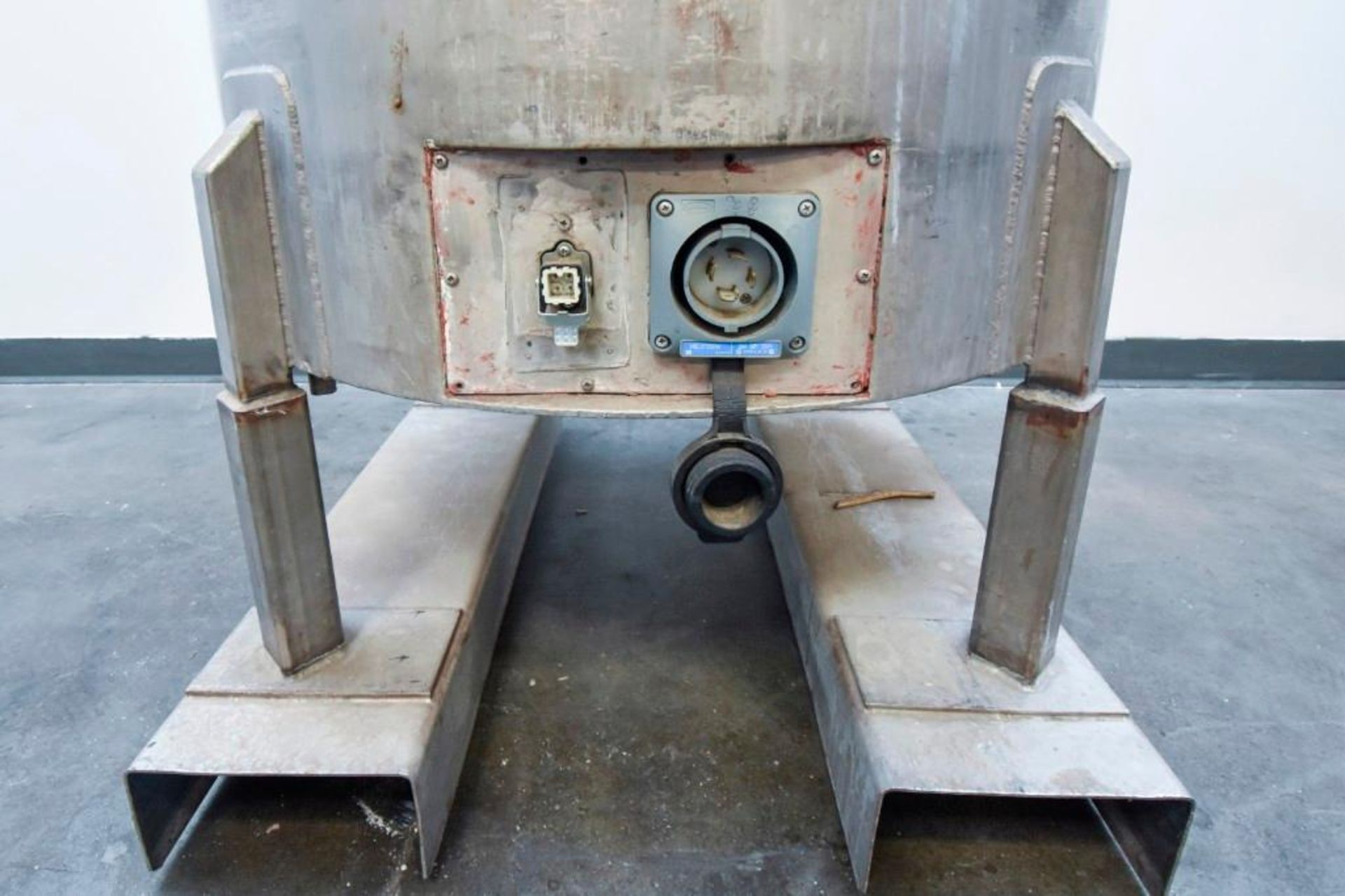 Jacketed Stainless Steel Holding Tank 340L - Image 5 of 11