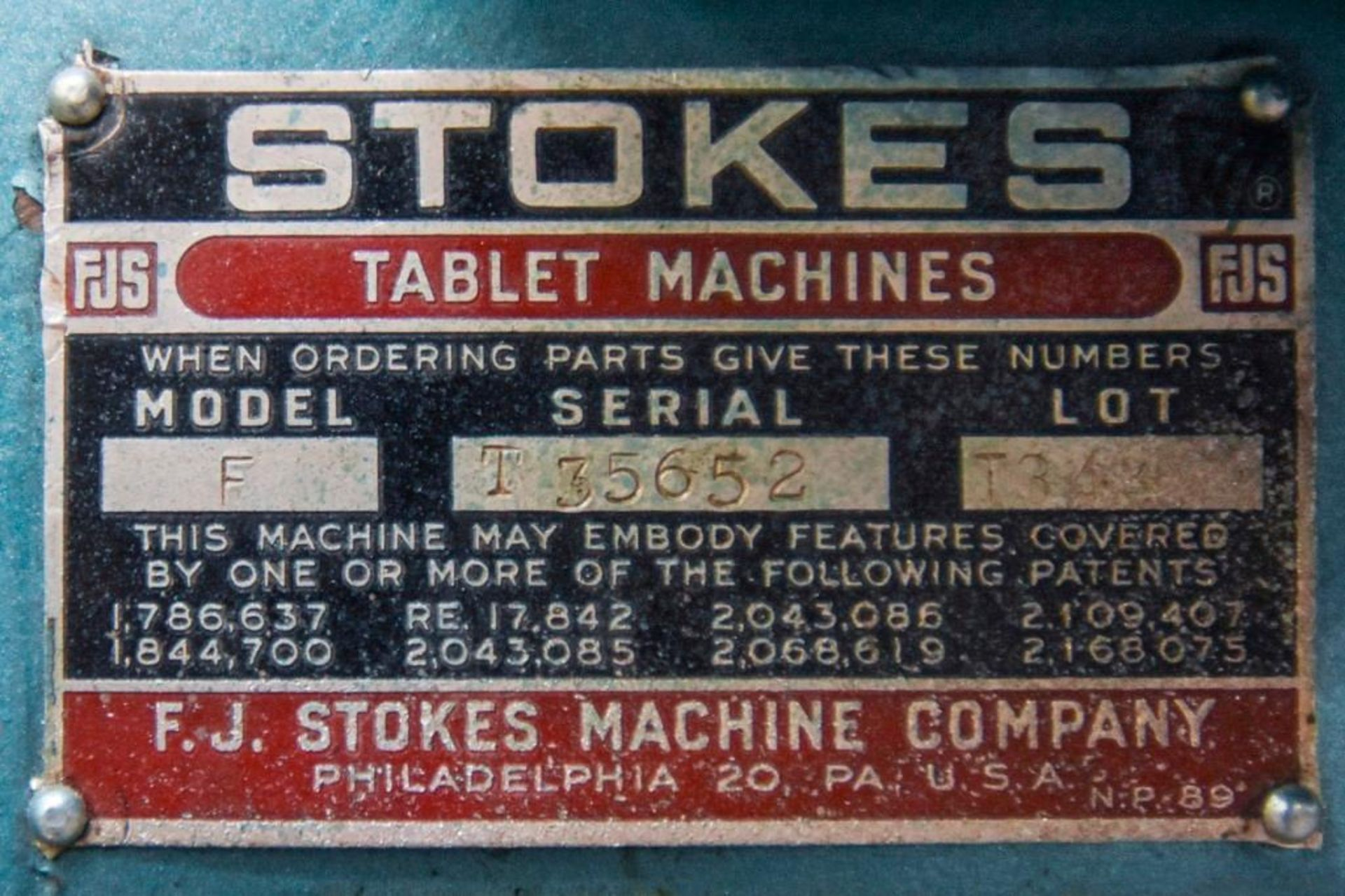 Stokes Single Punch Tablet Press with Tooling - Image 20 of 20