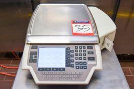 Hobart Quantum Scale with label printer