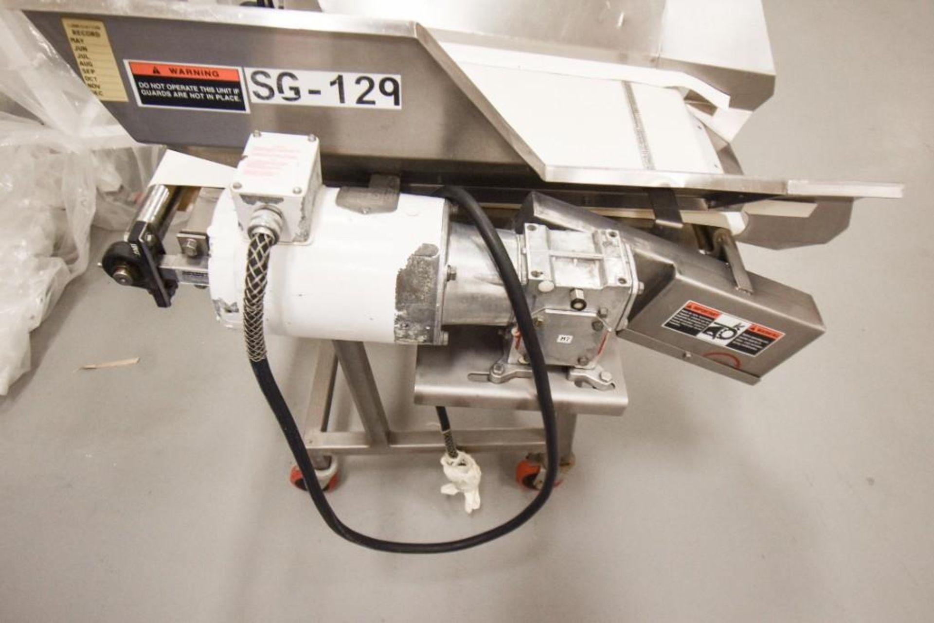 RBM Vibratory Deck With Food Grade Conveyor TS-B 24X3-0 - Image 3 of 7