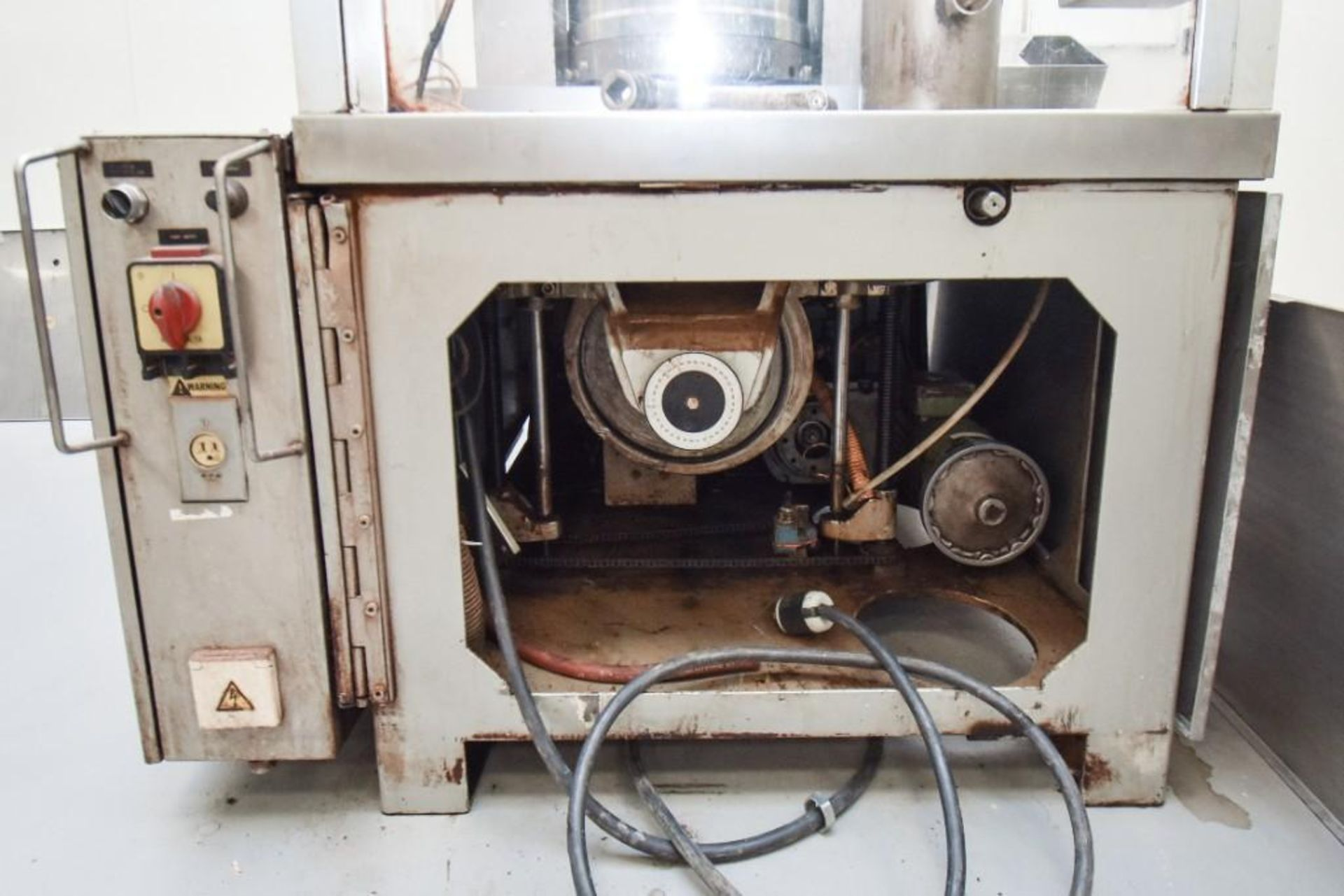Bosch 1500 Encapsulation Machine - Image 9 of 11