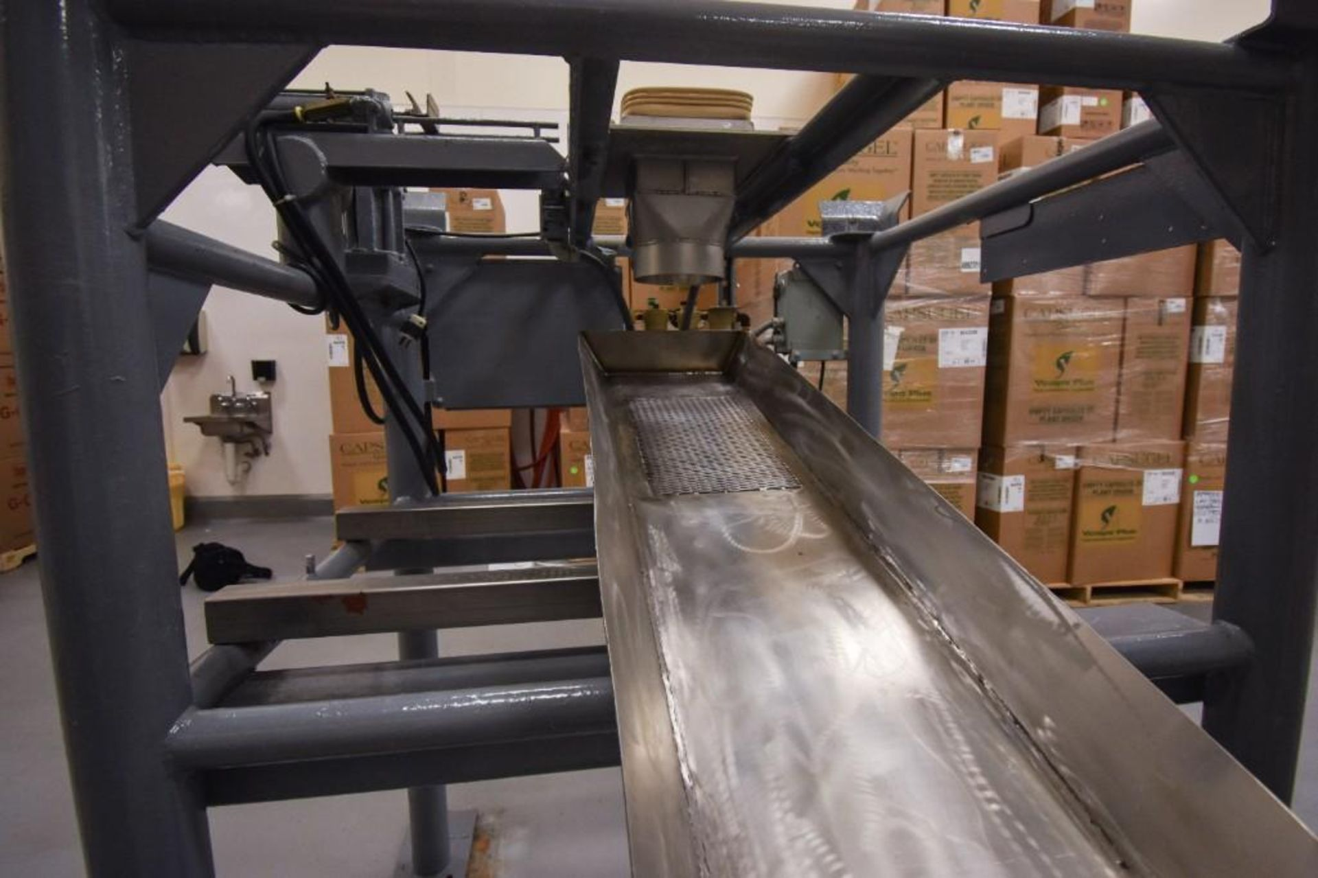 Vibratory Feeder For Totes - Image 5 of 7