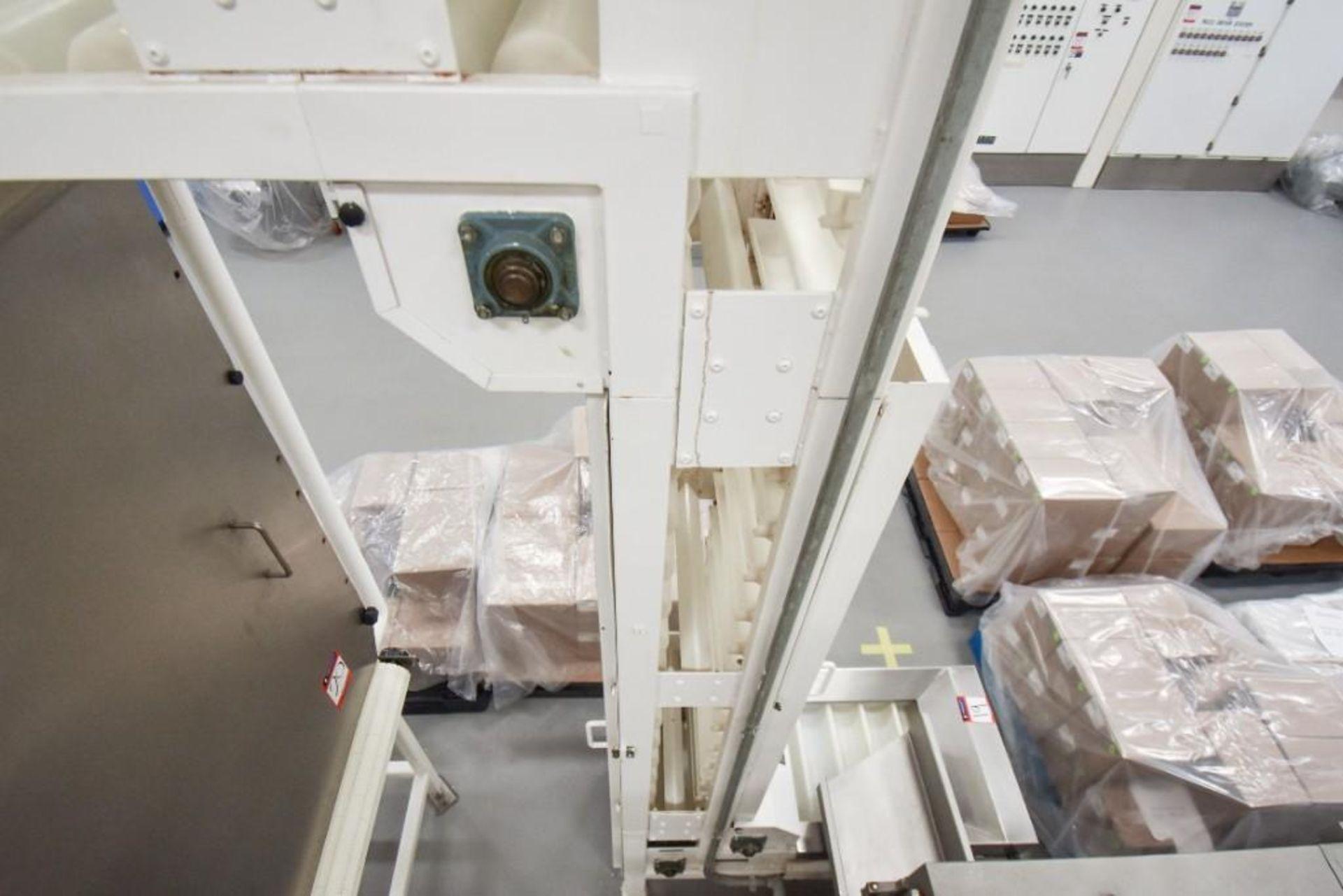 RBM Accumulation Hopper Conveyor and Vibratory Deck AC-1-4X4-6 - Image 10 of 11