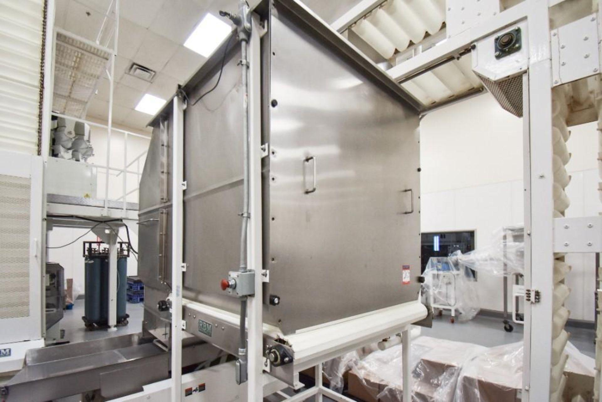 RBM Accumulation Hopper Conveyor and Vibratory Deck AC-1-4X4-6 - Image 2 of 11
