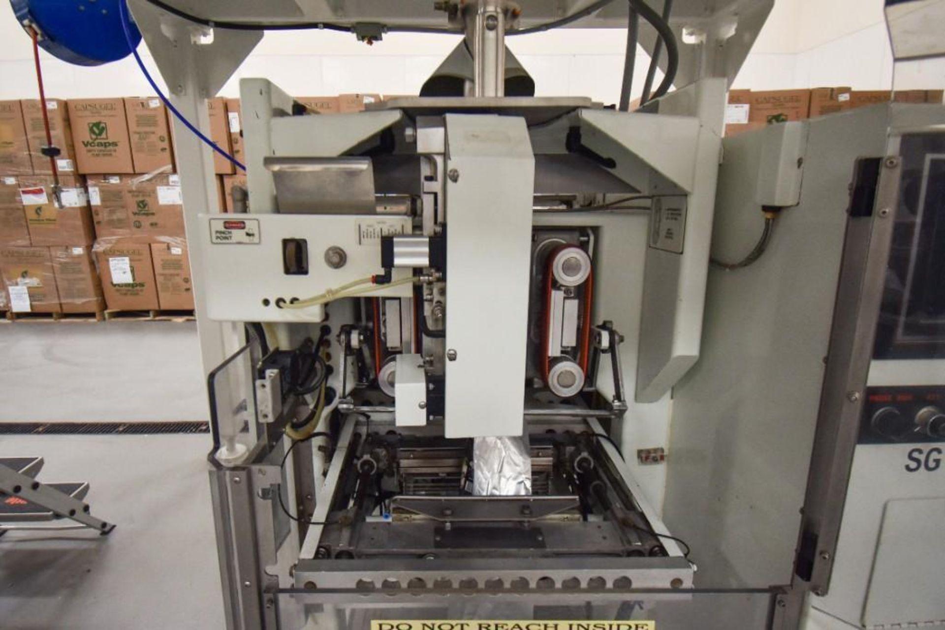 Quasar Vertical Form Fill & Seal Machine - Image 3 of 12