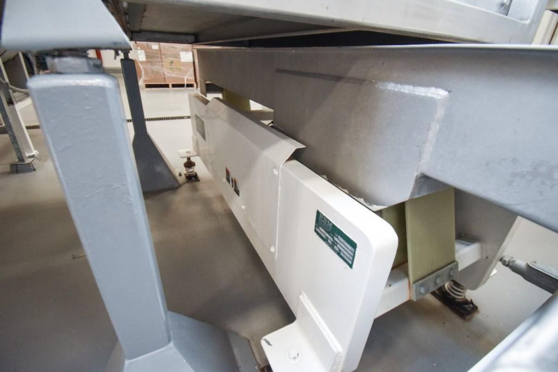 RBM Vibratory Deck VCNF-15X6X7 - Image 5 of 6