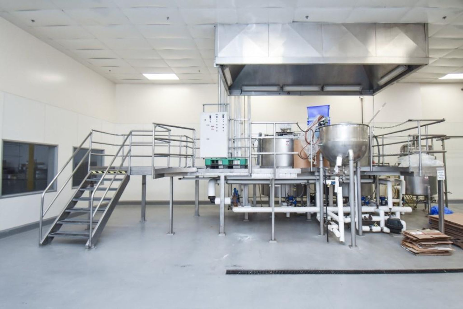 3 Jacketed Liquid Mixing Tank System - Image 2 of 21