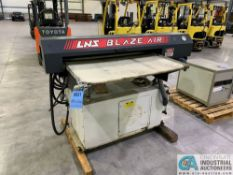 LNS MODEL BLAZE-AIR BAR FEEDER