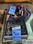 (LOT) 10 AMP SCHUMACHER BATTERY CHARGER AND (2) JUMPER CABLES