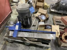 (LOT) SKID MISC., 5-HP US ELECTRIC MOTOR, TOTE-IT CHIP REMOVAL & MISC.