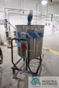 130 GALLON PORTABLE STAINLESS STEEL MIXING TANK WITH 1/2 HP EASTERN MIXERS MODEL RG-3 AGITATOR, TANK
