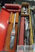 (LOT) MISCELLANEOUS DRIVE DIAL AND CLICK-TYPE TORQUE WRENCHES