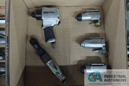 (LOT) MISCELLANEOUS DRIVE PNEUMATIC IMPACT WRENCHES