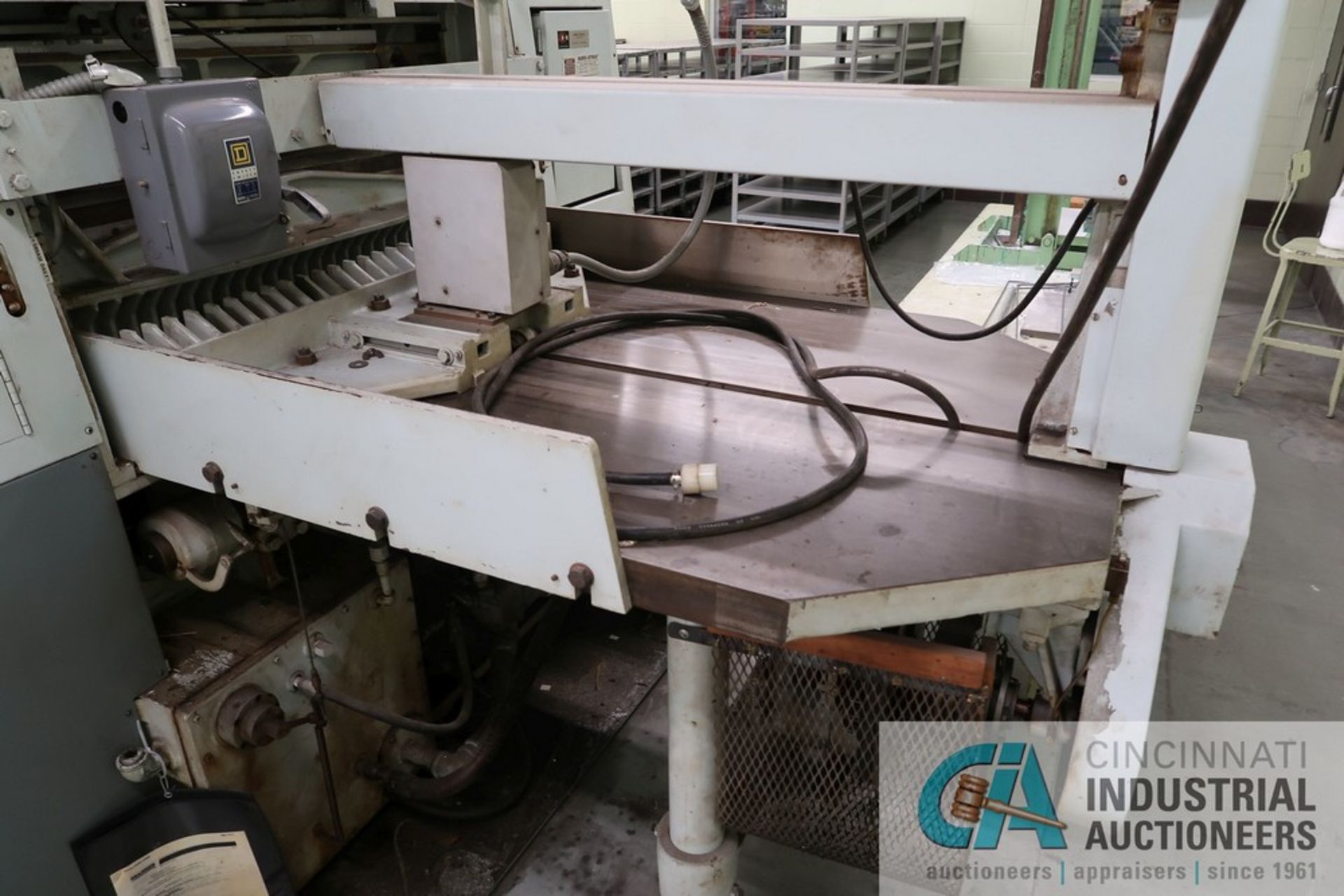 """40"""" HARRIS SEYBOLD CITATION PAPER CUTTER WITH (3) SPARE KNIVES, 3-TON CLAMP PRESSURE - Image 11 of 15"""