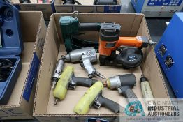 (LOT) MISCELLANEOUS PNEUMATIC HAND POWER TOOLS