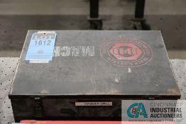 1.5'' BLACK & DECKER MODEL 5043 HEAVY-DUTY ROTARY HAMMER