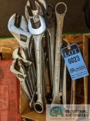 (LOT) (8) LARGER COMBINATION WRENCHES AND (5) ADJUSTABLE WRENCHES)