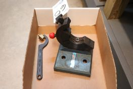 Lyndex Tool Jaw cat 40 tool change fixture
