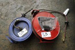 Retractable pneumatic hose wheels