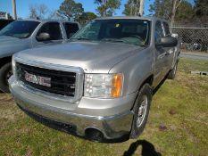 2007 GMC Sierra pickup - crew cab, 4WD - 382,301 miles VIN #2GTEK13C371579253