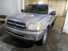 2001 Toyota Tundra extended cab, 4wd