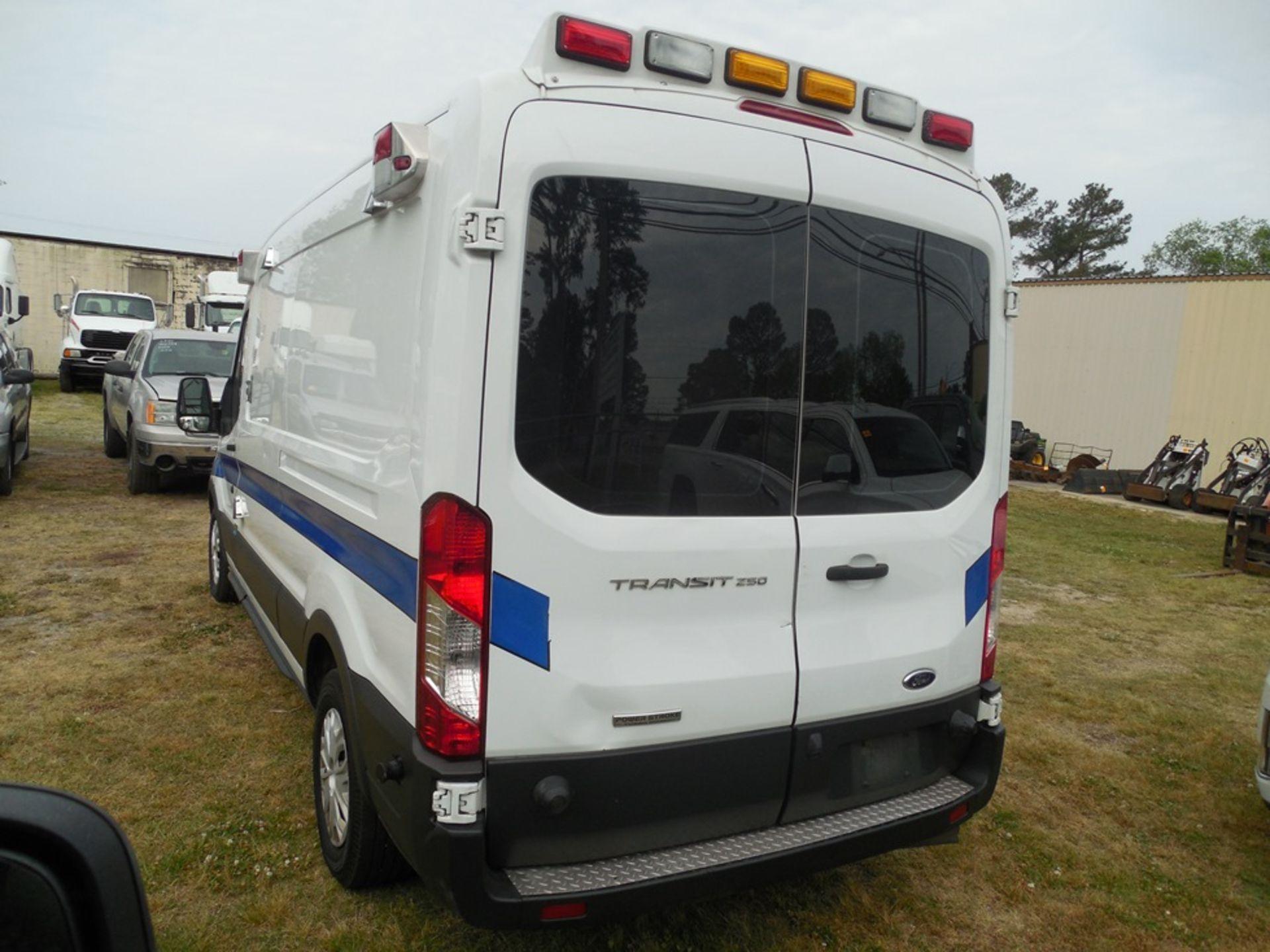 2017 Ford Tansit 250 dsl ambulance 165,029 miles vin# 1FDYR2CV0HKA57712 - Image 5 of 6